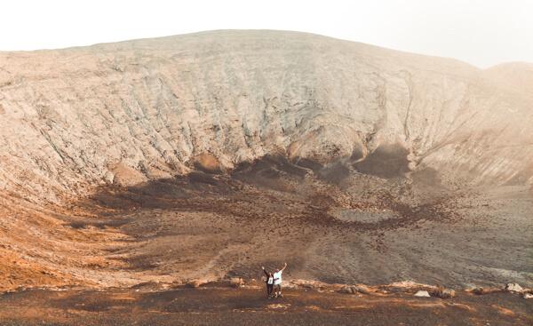 trekking a Lanzarote, vulcano la caldera blanca